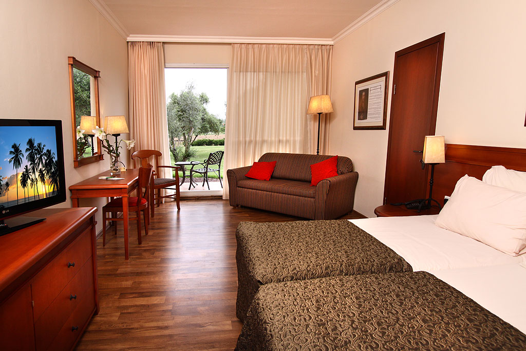 חדר סופיריור במלון פסטורל כפר בלום