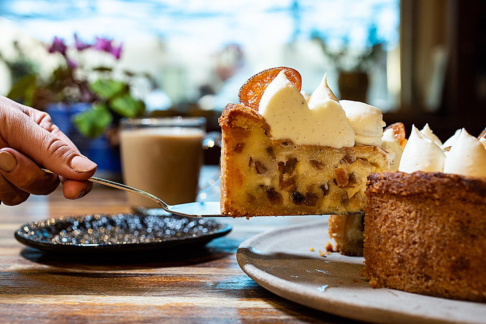 עוגת תפוחים במתחם תשבי. צלם דני גולן