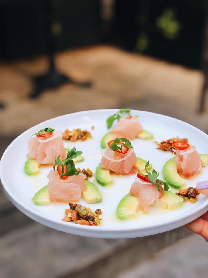 מנת קורוד דג ים במסעדת אמש צילום: אמיר מנחם