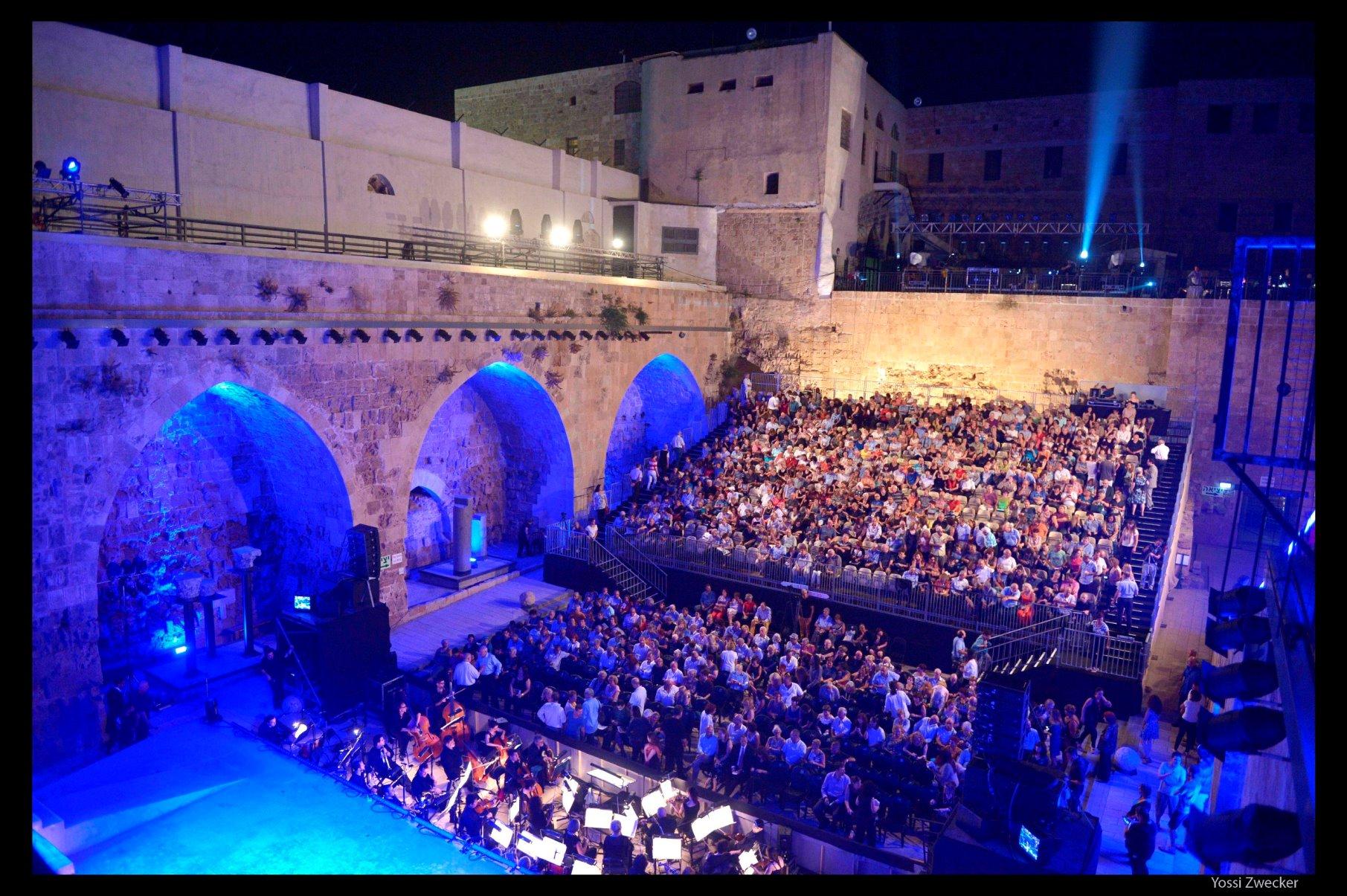 האופרה שרה בעכו צילום יוסי צבקר