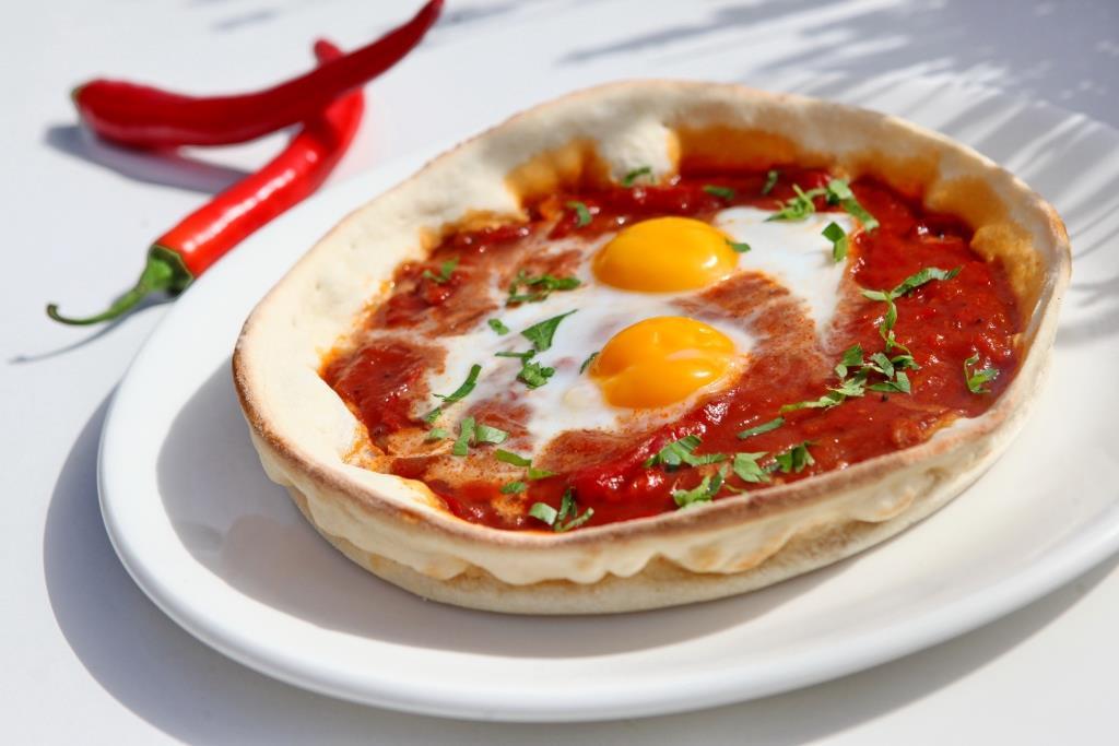 שקשוקה על פיצה  צילום אורן שלו אנינה