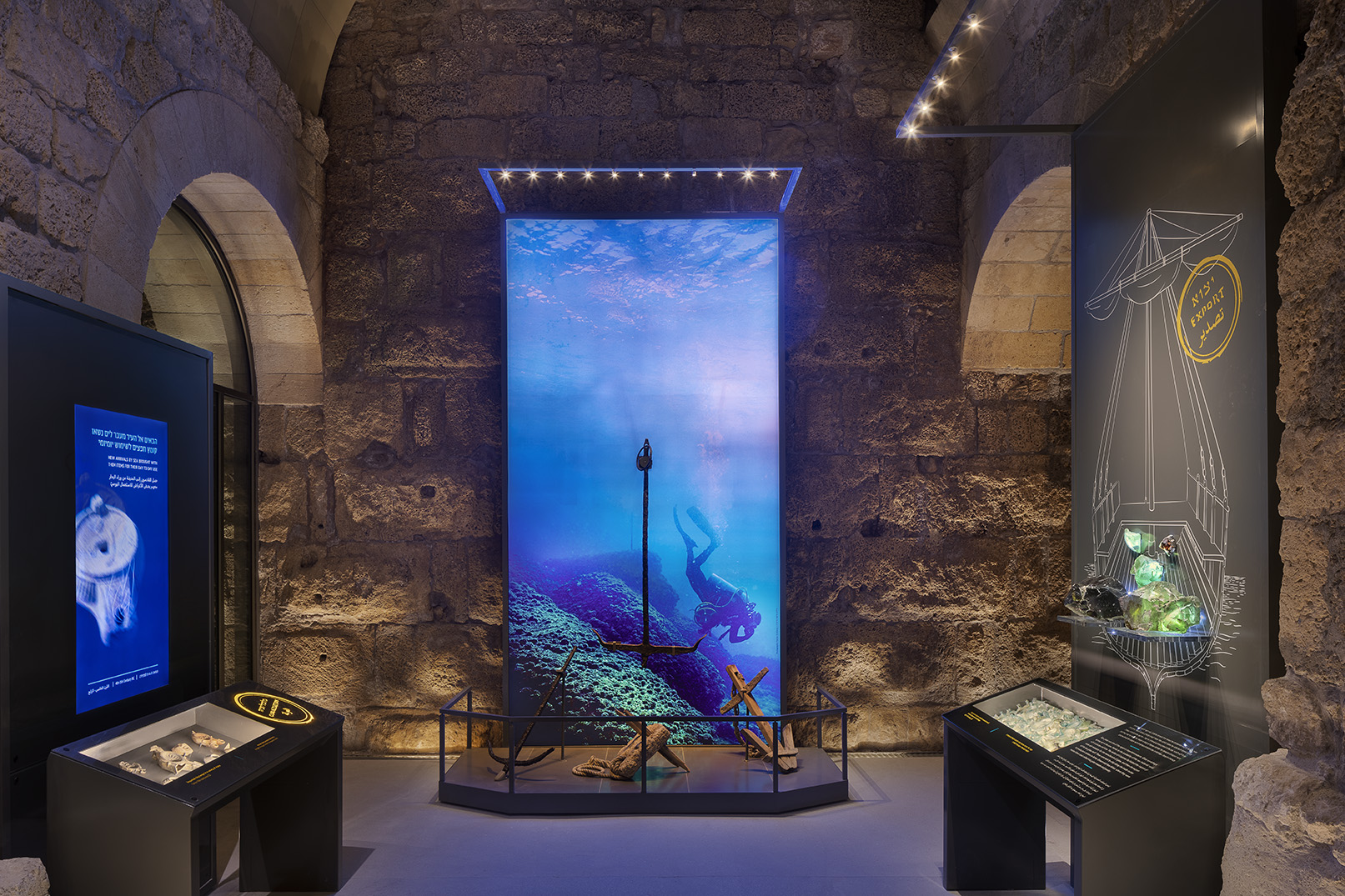 מרכז המבקרים קמרונות נמל קיסריה 6 צילום אסף פינצ'וק